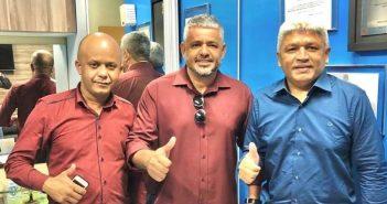 Deputado Eraldo Pimenta e Câmara de Vereadores conseguem liberação de cheque moradia junto ao governador Helder